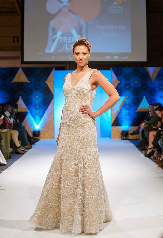 Colecção: Homenagem Bridal Collection 2016 | Vestido: Ana | Designer: Natália Mil-Homens Pereira | Produção: JFD Ideas and Details | Fotografia: Onésimo Costa